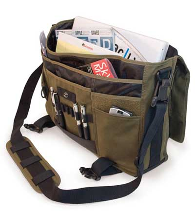 17.3 inch Eco Friendly Canvas Messenger Bag By Mobile Edge Internal Design