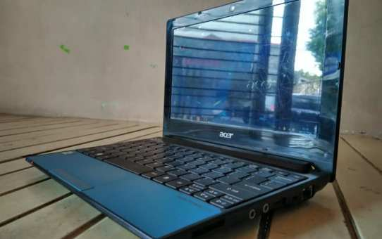 Netbook Second Acer One D255