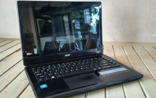 Laptop Bekas Acer E1-410 N2820