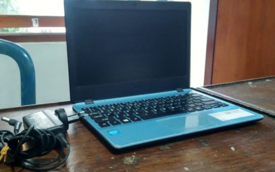 Laptop Second Acer V5-132