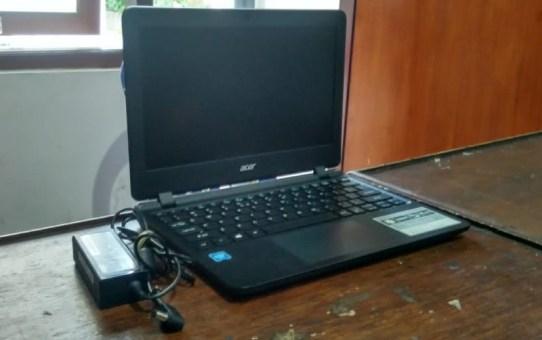 Laptop Bekas Acer ES1-132-C7SF