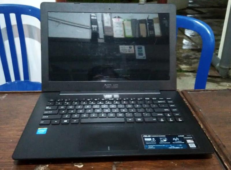laptop bekas asus x453ma-wx216d
