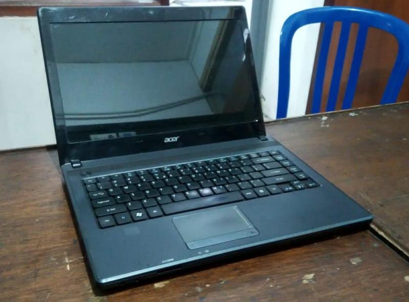 laptop bekas acer 4250