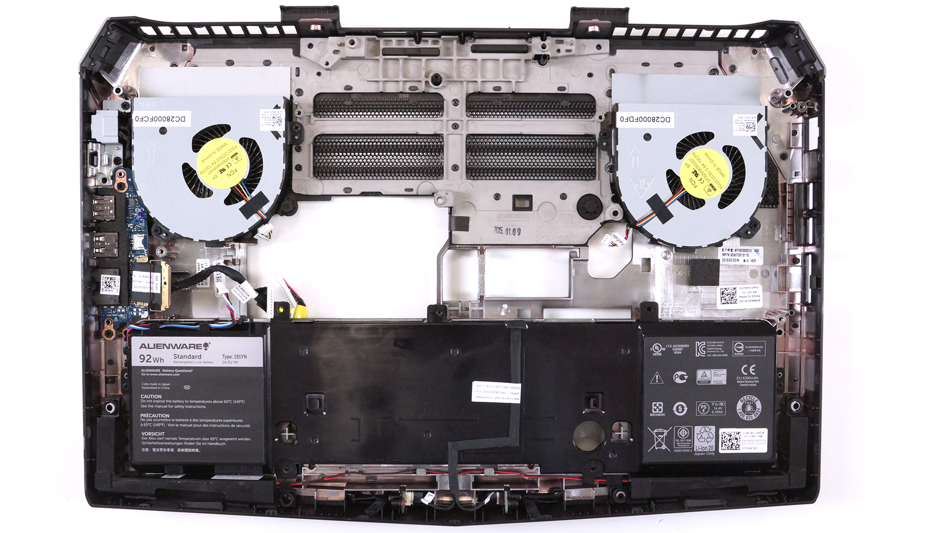 Inside Dell Alienware 15 – disassembly, internal photos and