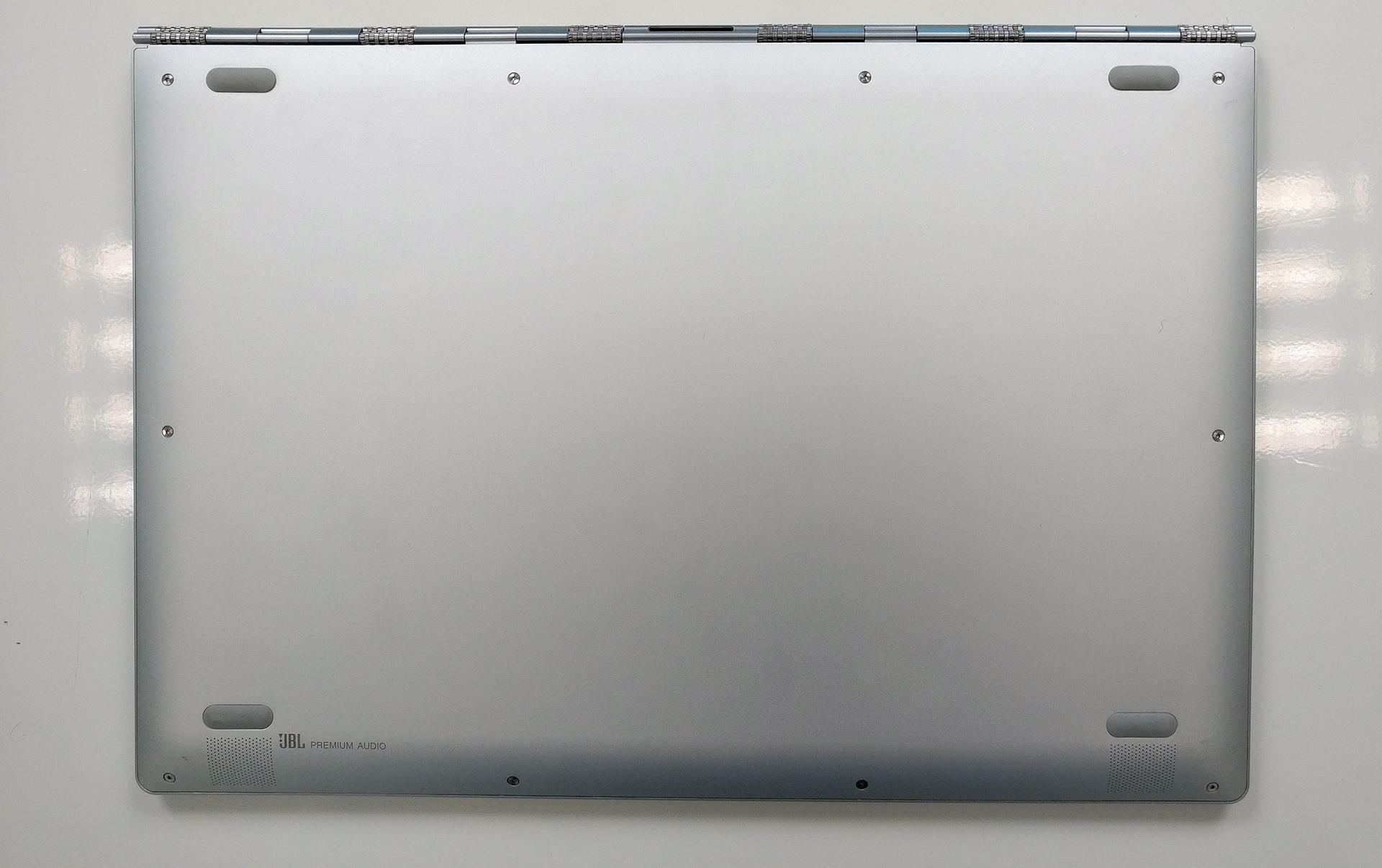 Inside Lenovo Yoga 910 – disassembly, internal photos and