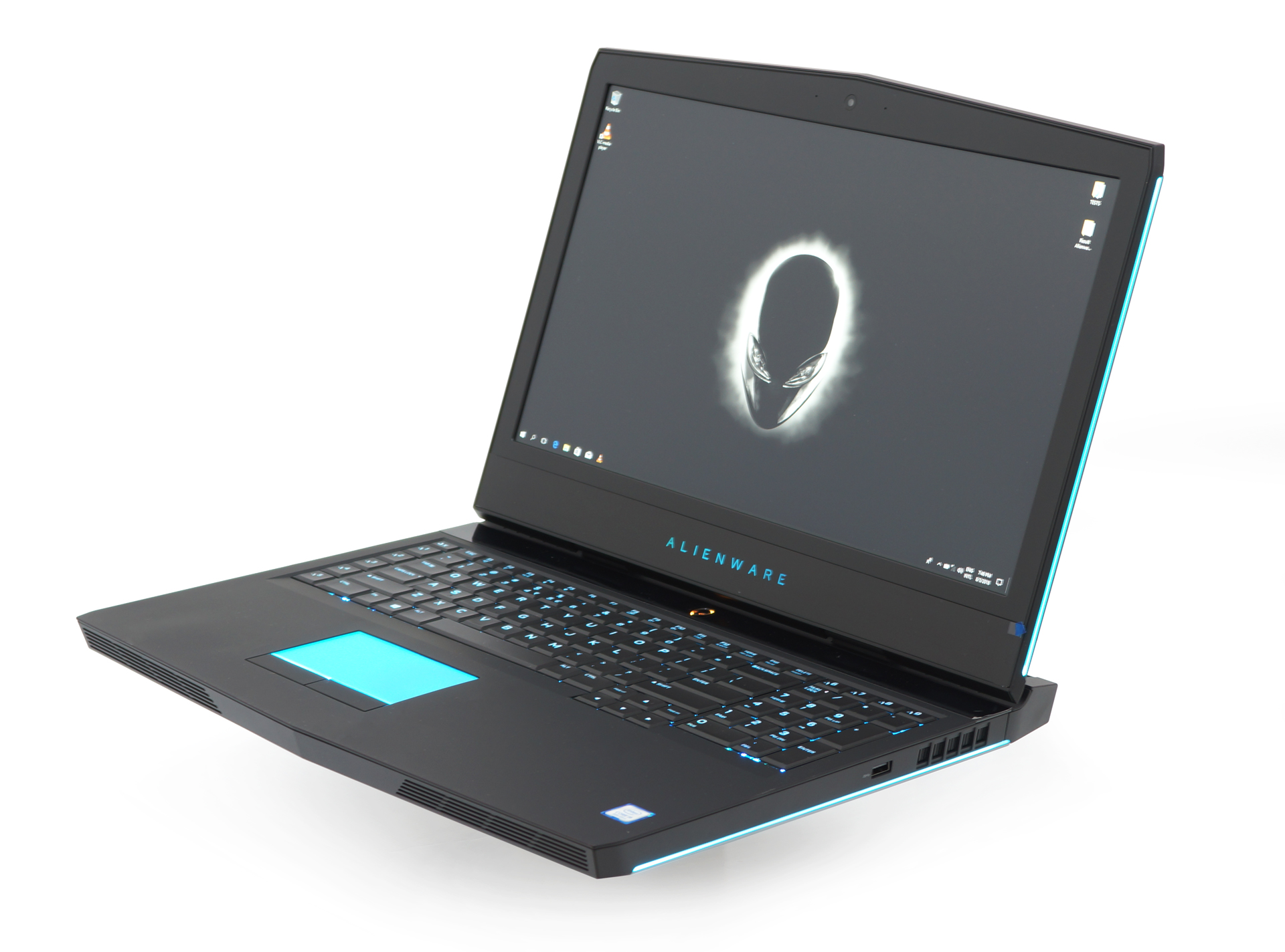 Alienware 17 R5 review – ultimate mobile gaming rig