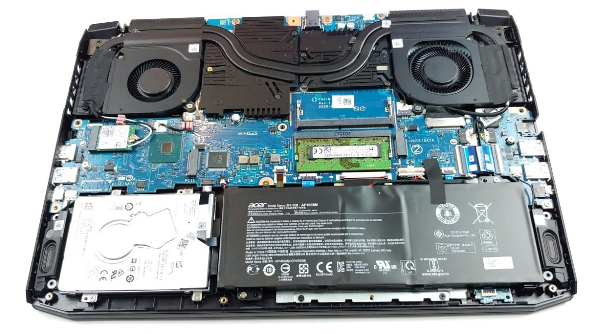 Inside Acer Nitro 5 (AN515-55) – disassembly and upgrade options