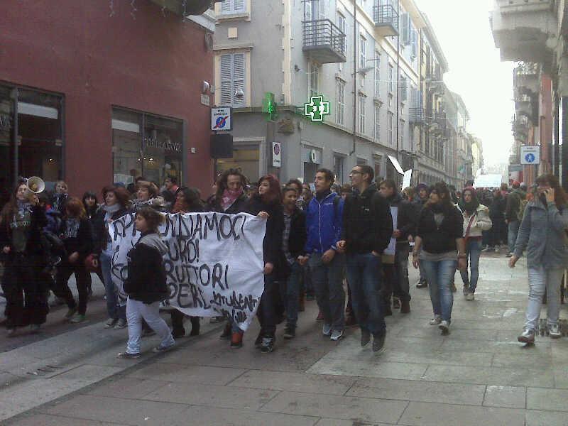 studenti-manifestazaione-sciopero