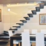 Scale sospese: una soluzione di design per la casa