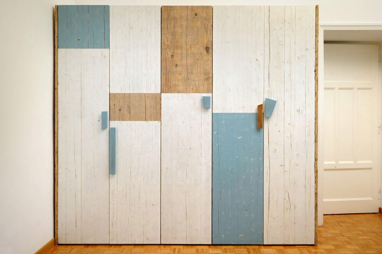 Guardaroba artigianale in legno su misura
