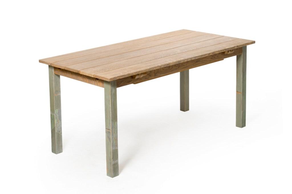 Tavolo in legno massello con prolunghe con apertura