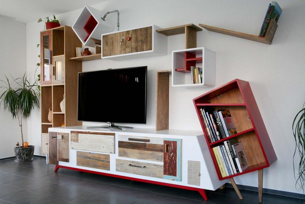 Parete attrezzata per soggiorno moderno in legno vintage e laccatura. Moduli su misura, laccati e fatti a mano Arredi milano e roma