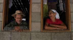Descartados documenta el abandono de las personas mayores