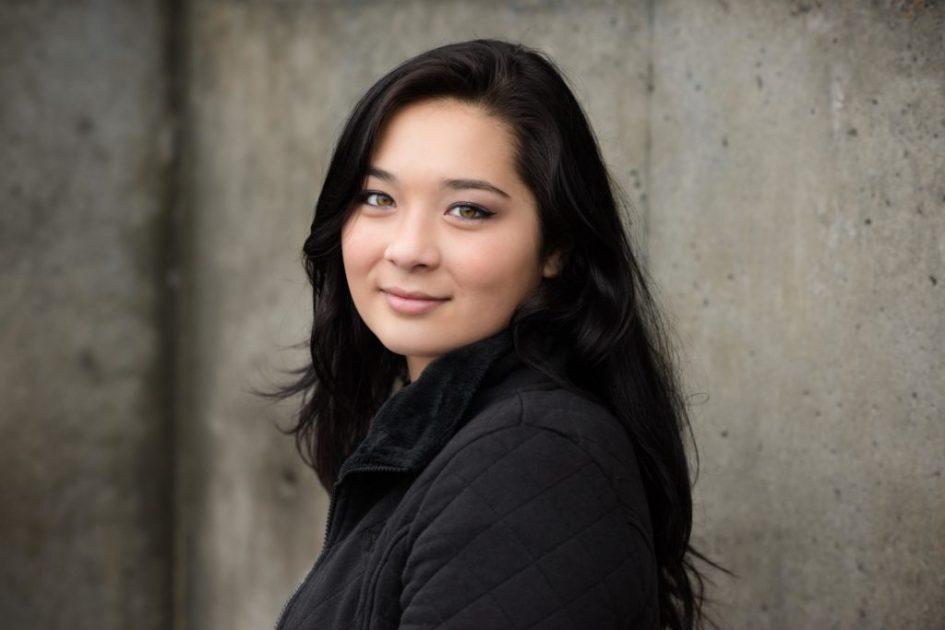 The Senior - Headshot Photo By Seattle Professional Photographer Lara Grauer