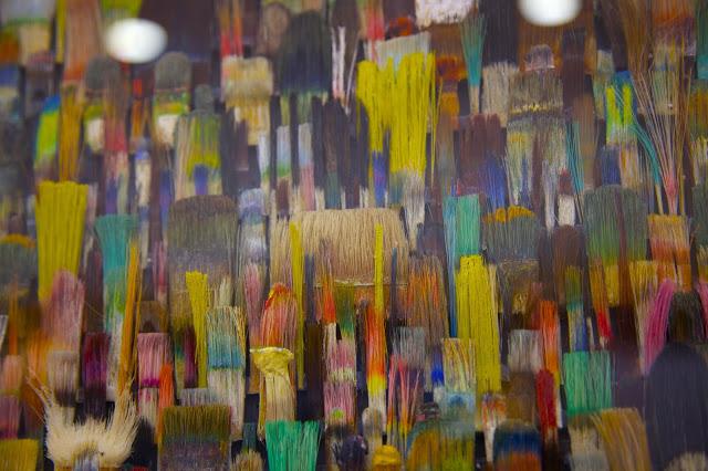 """""""La metamorfosis de los pinceles y paisajes mediáticos"""" de los artistas Fé Kolb y Jo Teh, inaugurada ya el pasado 1 de Octubre en La Ranilla Arte Cultura."""