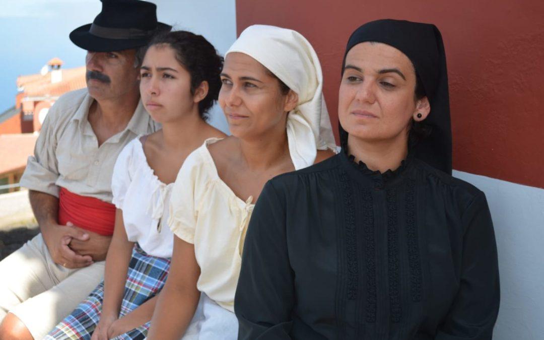 """La Ranilla Espacio Cultural propone el jueves la función de Zálatta Teatro """"Entre penas y sonrisas"""""""