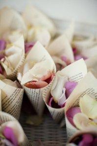 flores e confettis