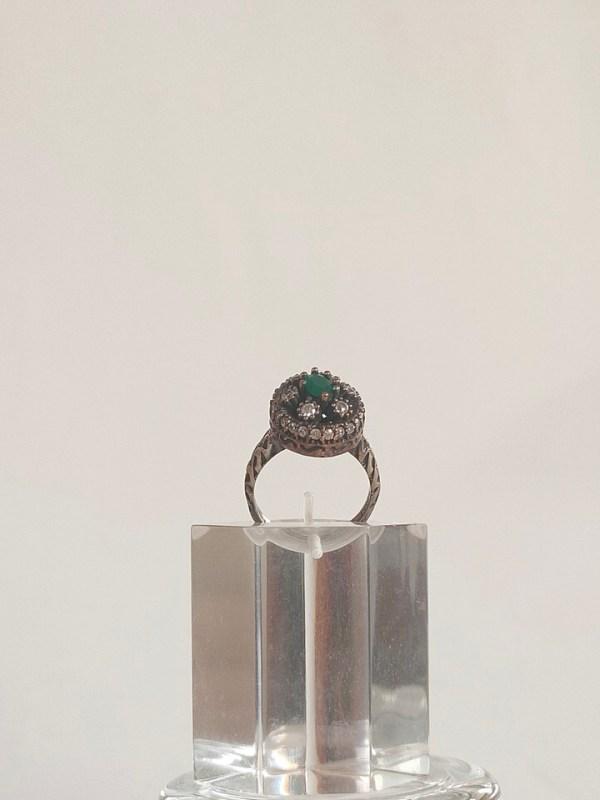 anillo-isabelino-verde-redondo-1-CALISTA