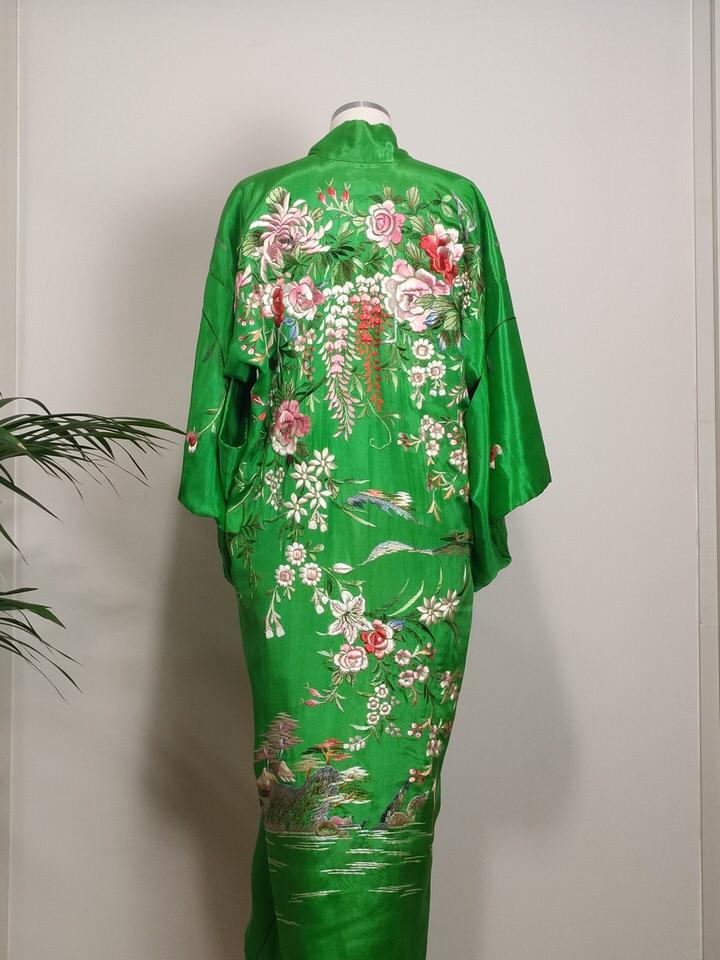 kimono-bordado-anos-20