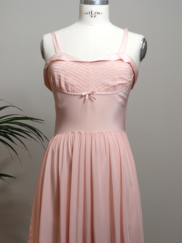 vestido-lencero-seda-rosa-04