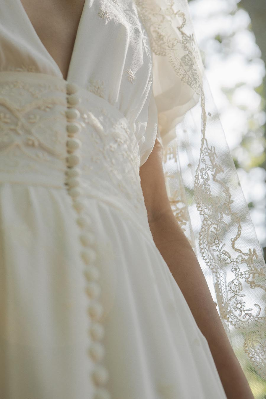 vintage-dress-detail
