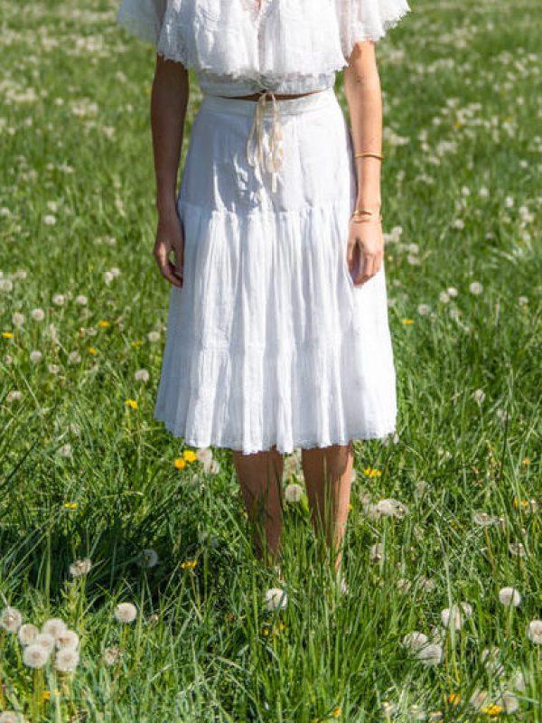 withe-blouse-antique-lace