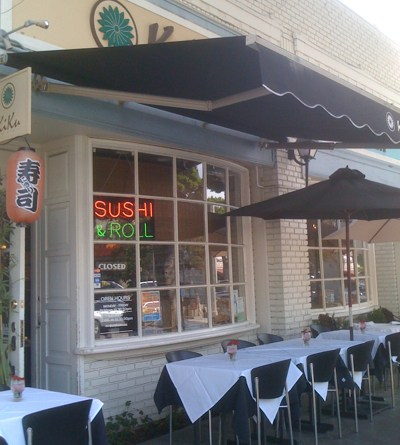 Kiku Sushi Bar in Larchmont Village, Los Angeles