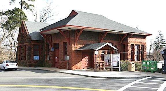 Harrison-Train-Station