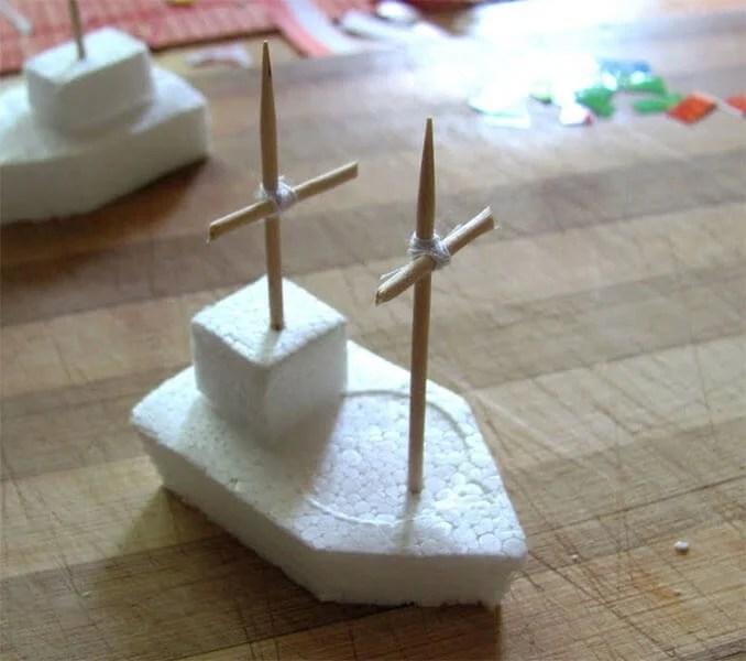 船舶为儿童:使用方案创建的各种方式和描述Korabl Svoimi Rukami 110