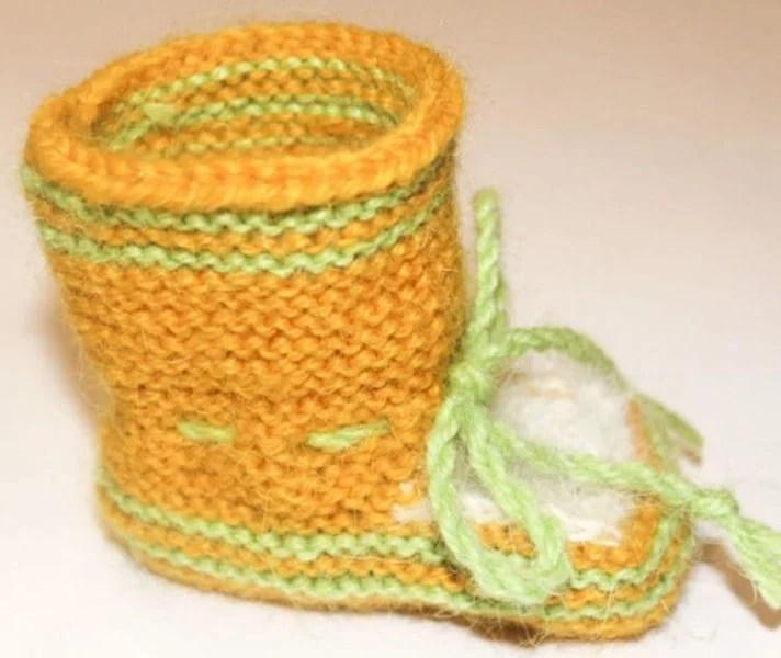 Пинетки для новорожденных малышей спицами: что можно связать для первой обуви малышам pinetki spicami s opisaniem i skhemami 16