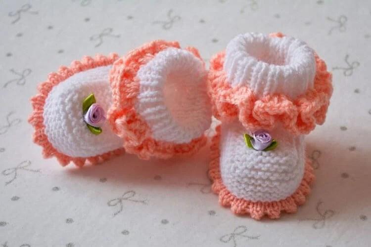 Пинетки для новорожденных малышей спицами: что можно связать для первой обуви малышам pinetki spicami s opisaniem i skhemami 61