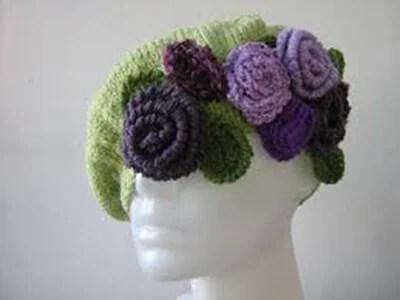 Femeia ia acele de tricotat: Cum să legați o direcție la modă Kak Svyazat Spicami Beret 29