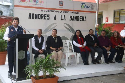 Ceremonia de Honores a la Bandera en Primaria Norberto Treviño Zapata