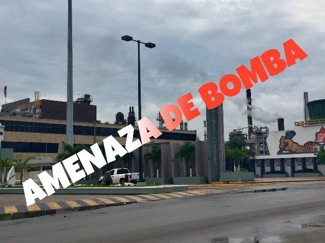 AMENAZA DE BOMBA EN REFINERÍA  DE MADERO