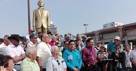 Alijadores dicen no al cambio al monumento de Isauro Alfaro