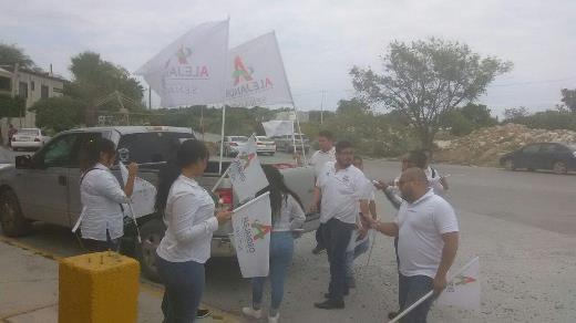 Busca el voto priísta Benito Sáenz
