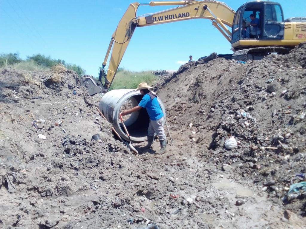 Instalan dren y realizan limpieza en basurero de González Villarreal
