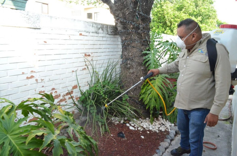 Vecinos impiden fumigaciones a pedradas