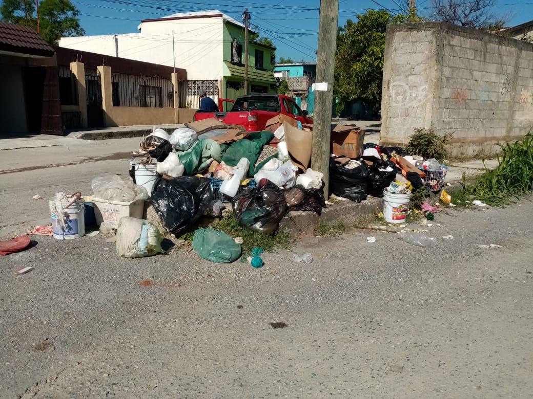 """""""Truenan"""" contra nuevo sistema de recolección de basura"""