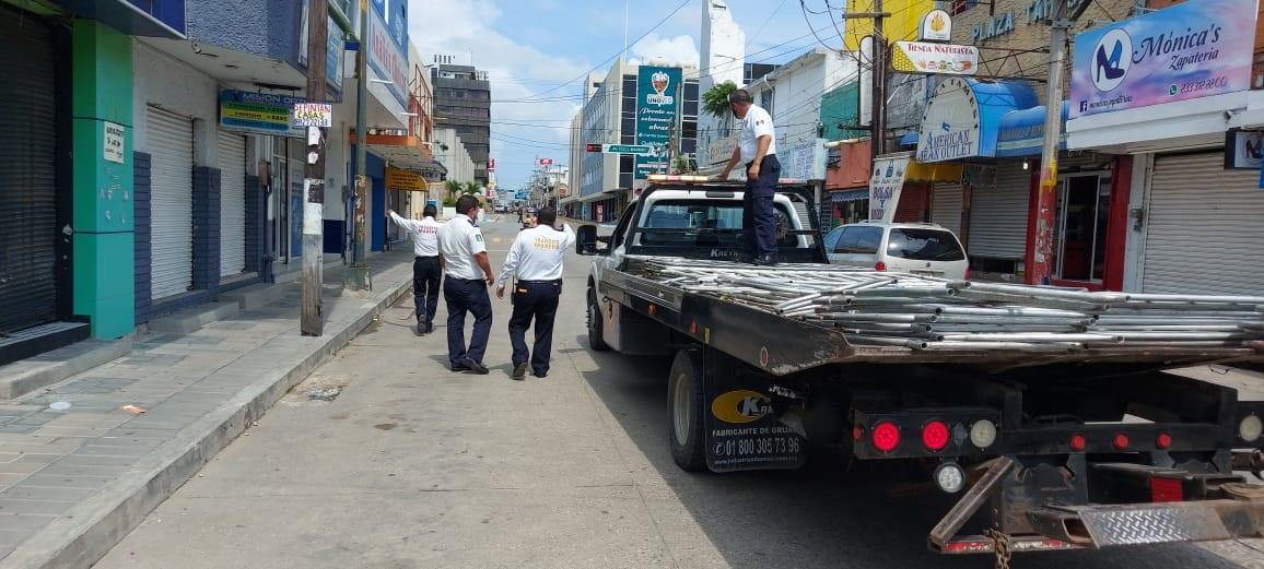 Necesario operativo grúa en zona centro de Madero