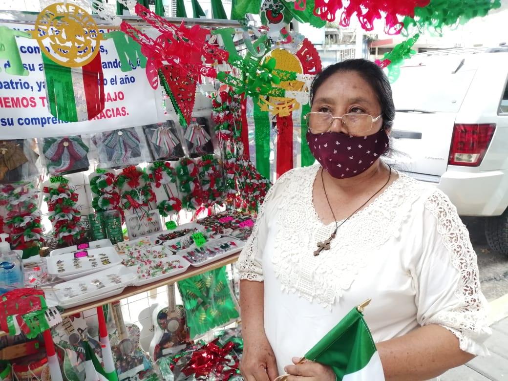 Artesanos piden ayuda para vender sus productos patrios