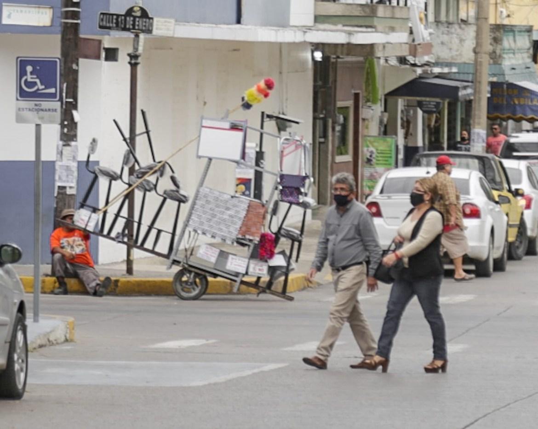 Piden autoridades a población no bajar la guardia ante pandemia