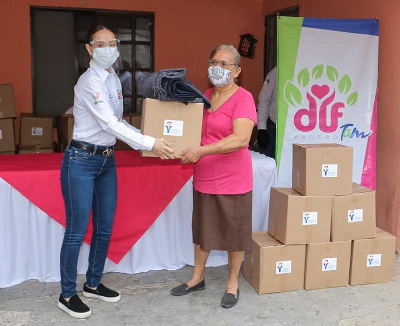 Continúa DIF Madero con entrega de apoyo alimentario