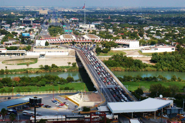 Continuarán restricciones en puentes internacionales