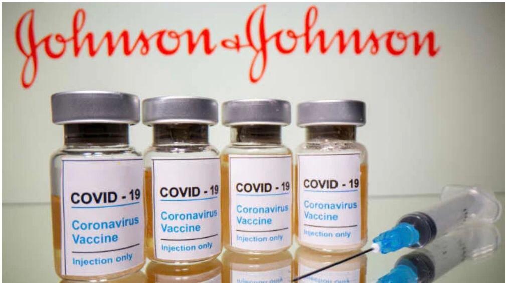 Suspenden vacuna Johnson & Johnson por provocar coagulación sanguínea