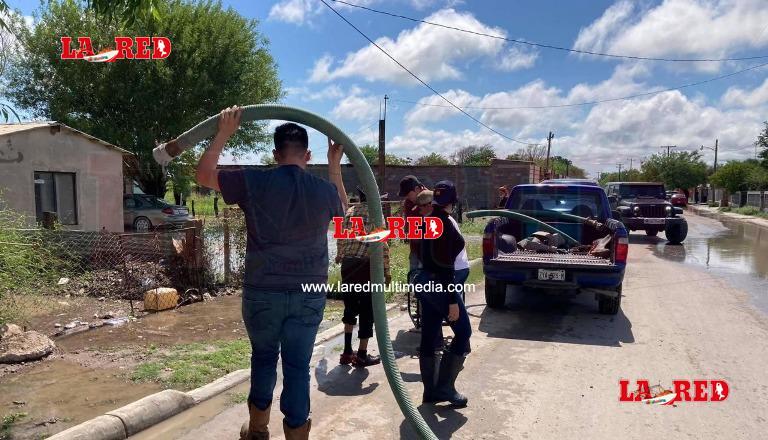 Total apoyo da Nataly García damnificados por inundaciones