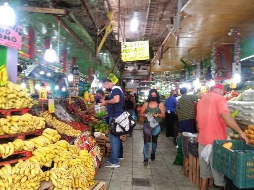 "Pugnan locatarios por restauracióndel mercado ""Francisco I. Madero"""