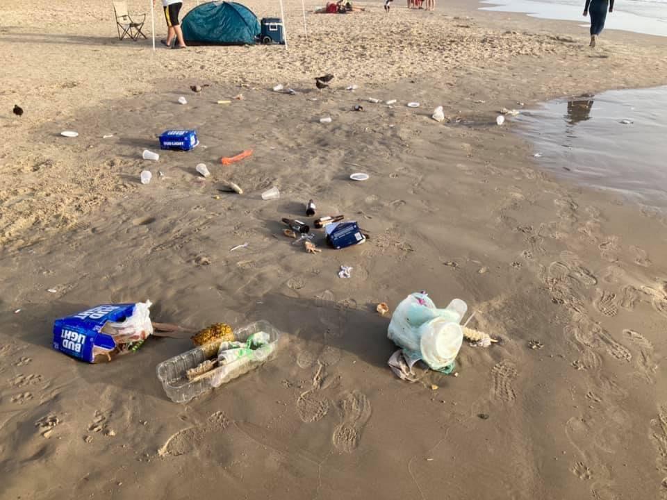 Turistas dejan hasta 500 bolsas y otros desechos en Miramar