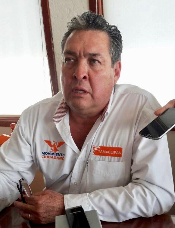"""Todos los candidatos de Morena son del PRI, inclusive el """"JR"""""""