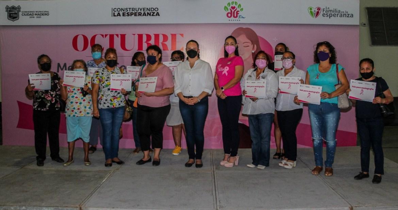 Beneficia DIF a 100 mujeres con mastografías gratuitas